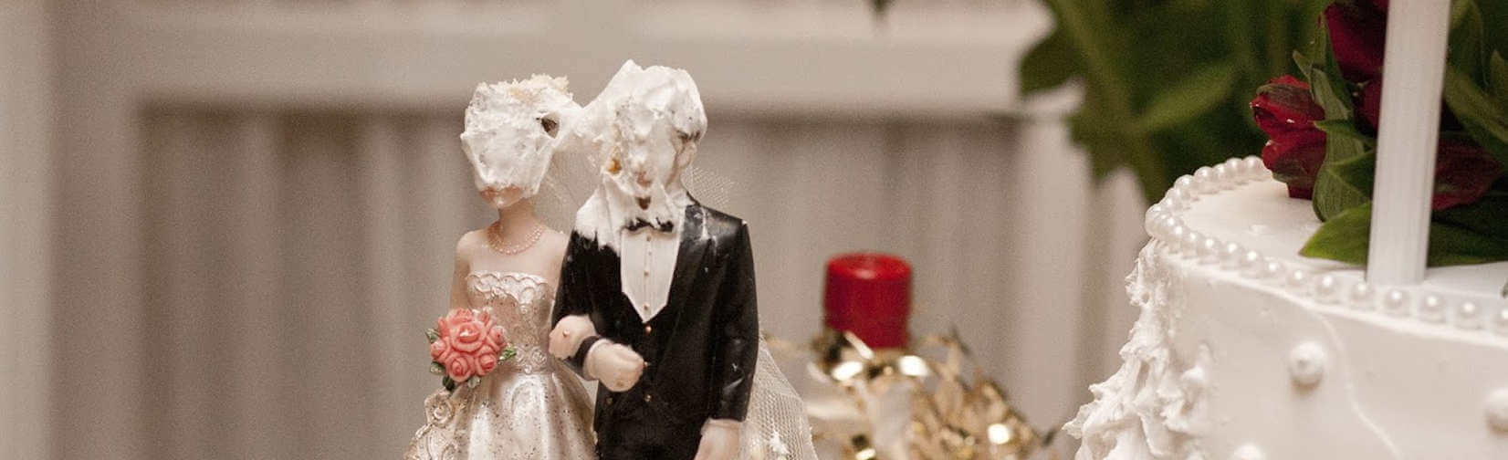 What you should NEVER do at a wedding